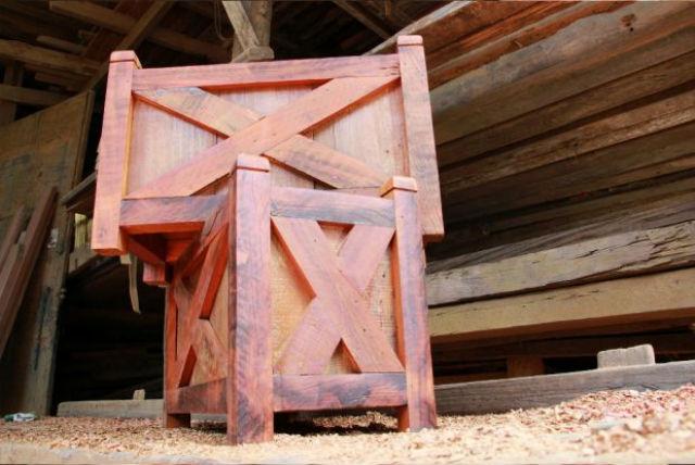 Empresa de demolição reaproveita 80% dos resíduos das obras para fabricar novos itens