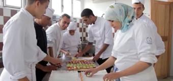 Projeto tira jovens das drogas e transforma em chefs