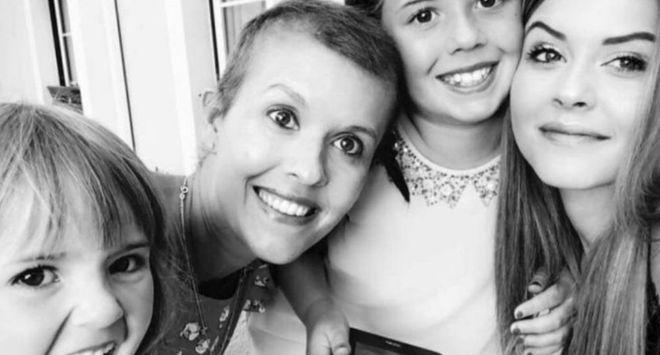 mae-cancer-raro-filhas