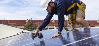 País dará painéis gratuitos de energia solar para 800 mil casas